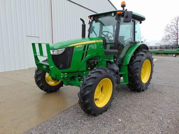 2017 John Deere 5085E Tractor For Sale