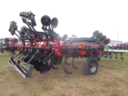 Disk Ripper For Sale:  2011 Case IH 870