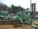 Disk Harrow For Sale:  2005 John Deere 637