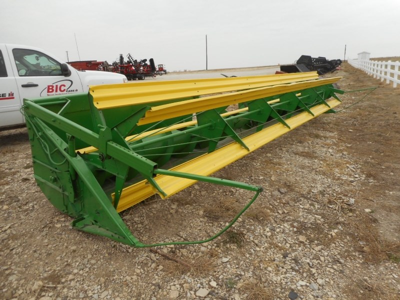 John Deere 200-20 Header-Auger/Rigid For Sale