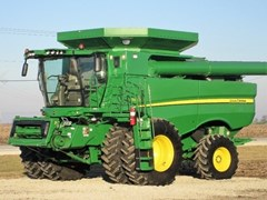 Combine For Sale 2016 John Deere S660 , 330 HP