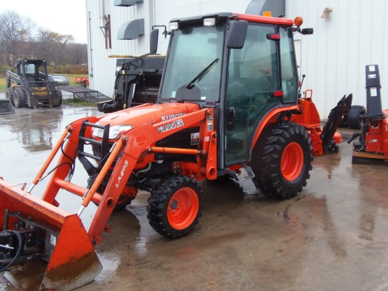 2012 Kubota B3000HSDC Tractor For Sale