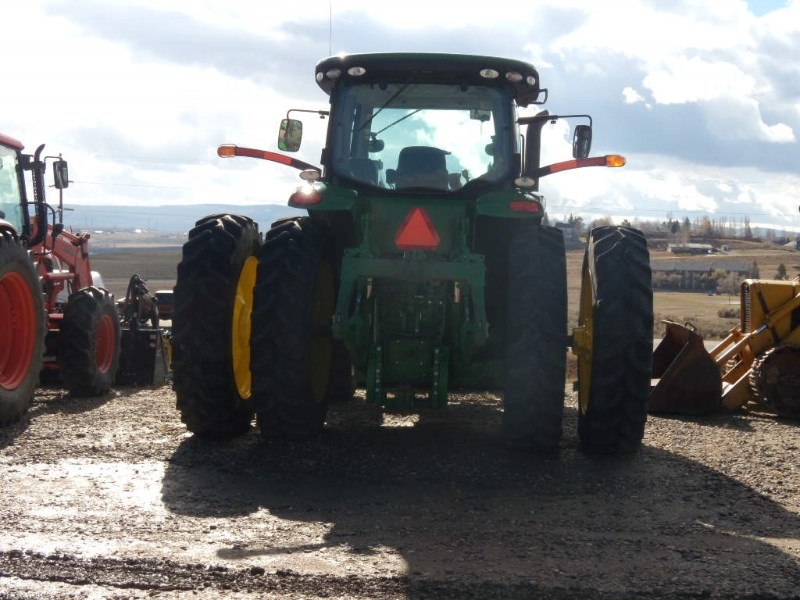 2011 John Deere 7200R Tractor For Sale