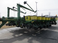 Planter For Sale 2000 John Deere 1780