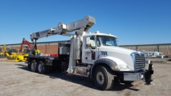 Boom Truck  2000 National Crane 1195 , 370 HP
