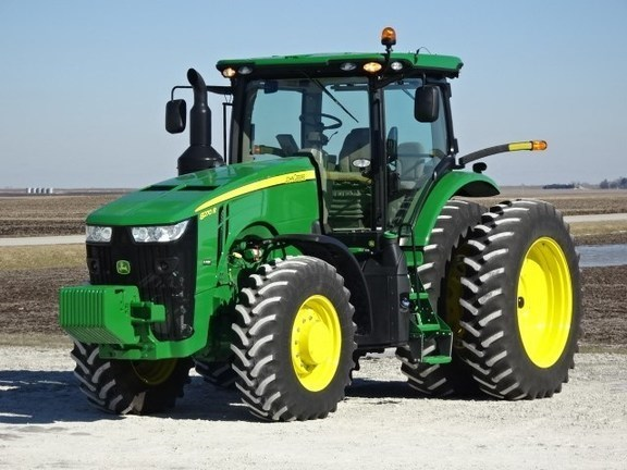 2017 John Deere 8270R Tractor For Sale