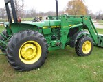 Tractor For Sale: 1990 John Deere 2555