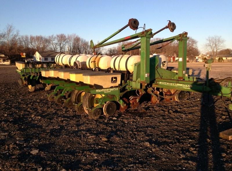 1996 John Deere 1770 Planter For Sale