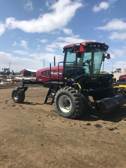 2014 MacDon M155 Windrower-Self Propelled For Sale