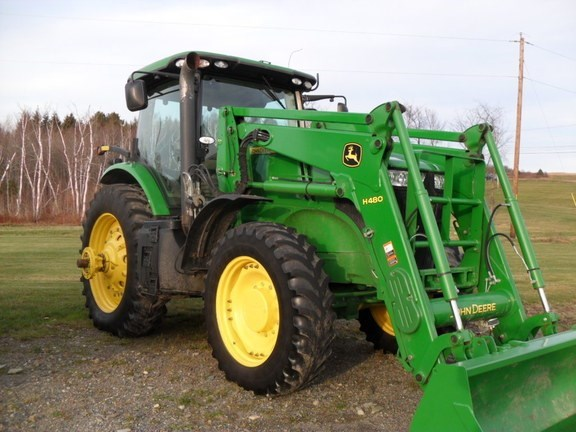 2011 John Deere 7215R Tractor For Sale