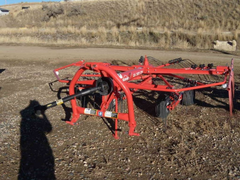 2015 Kuhn GA300GM Hay Rake-Wheel For Sale