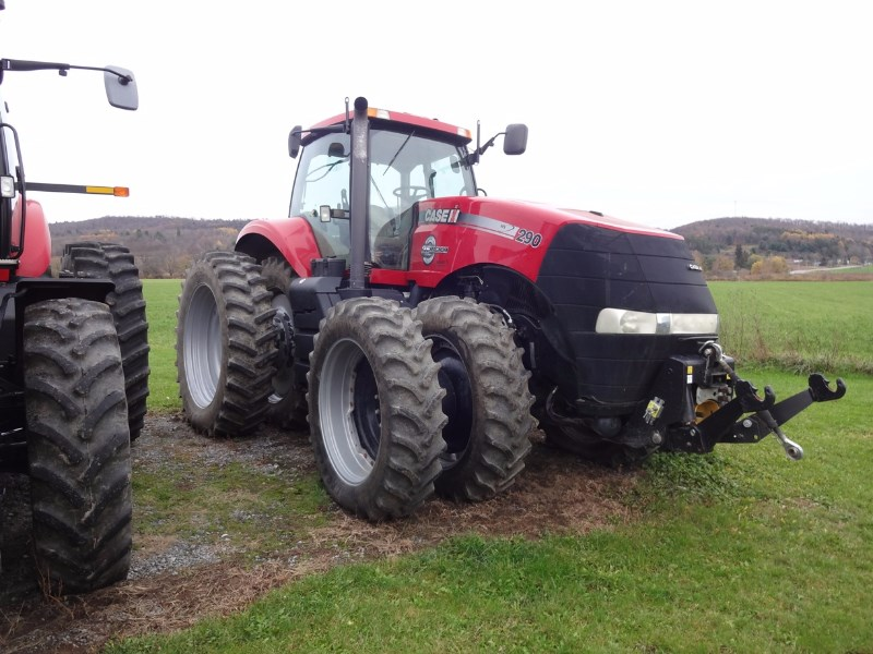 2014 Case IH Magnum 290 Tractor For Sale