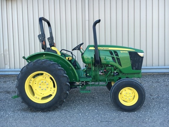 2014 John Deere 5045E Tractor For Sale