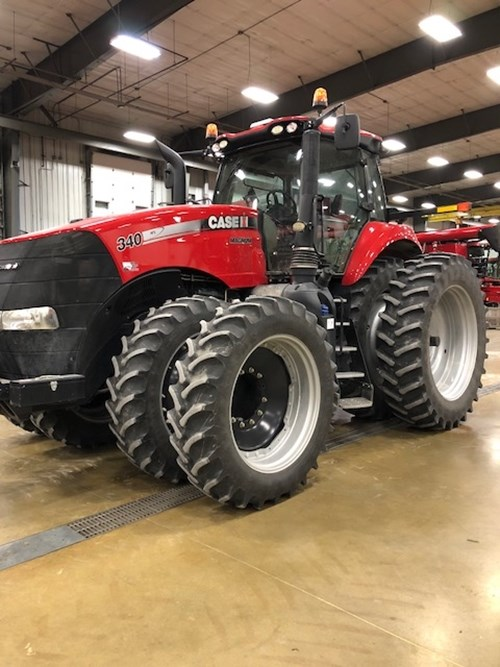 Tractor For Sale:  2015 Case IH 340 MAG , 340 HP
