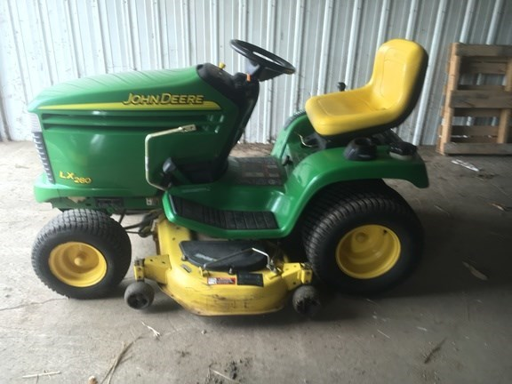 2004 John Deere LX280 Riding Mower For Sale