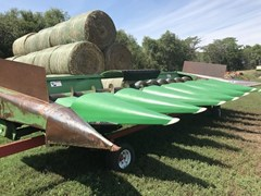 Header-Corn For Sale:  1980 John Deere 843