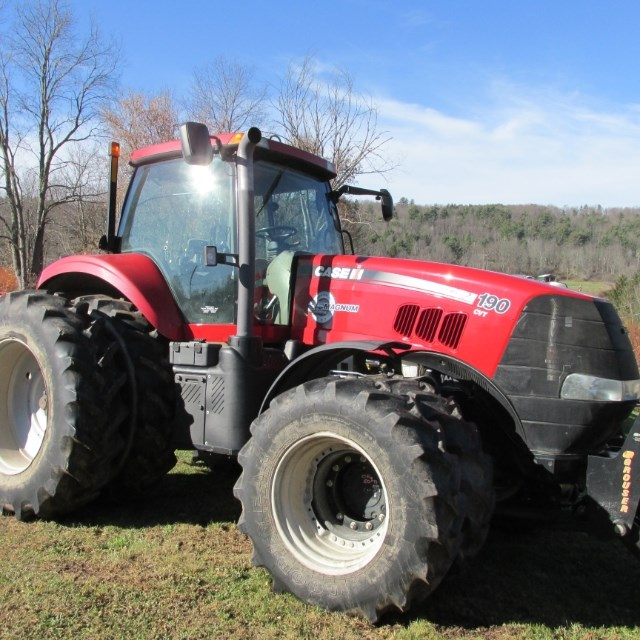 2013 Case IH 190 MAGNUM Tractor For Sale