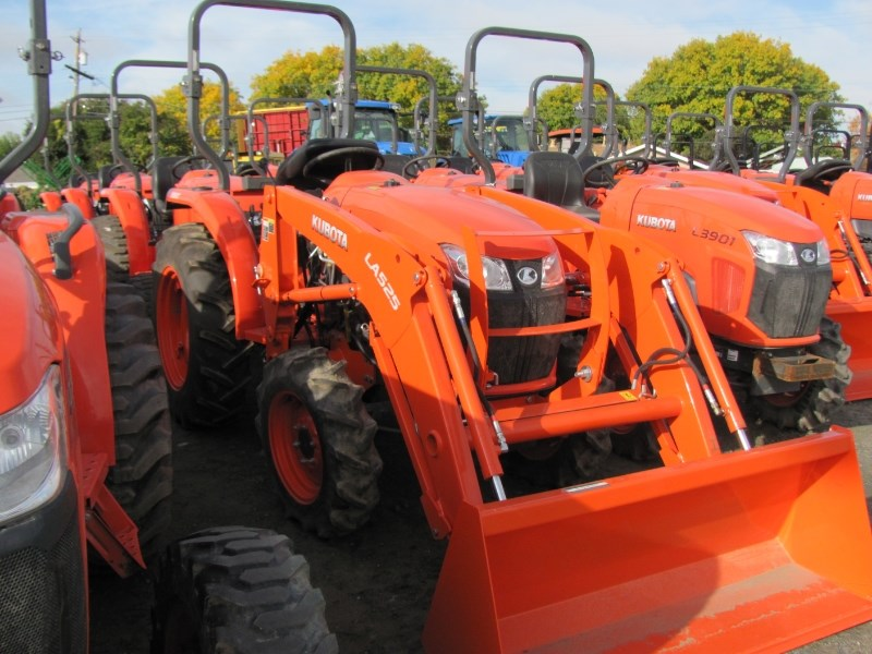 2017 Kubota L3901HST Tractor - Compact For Sale