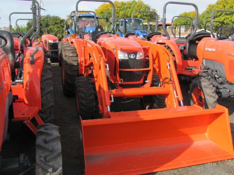 2017 Kubota L4701HST Tractor - Compact For Sale