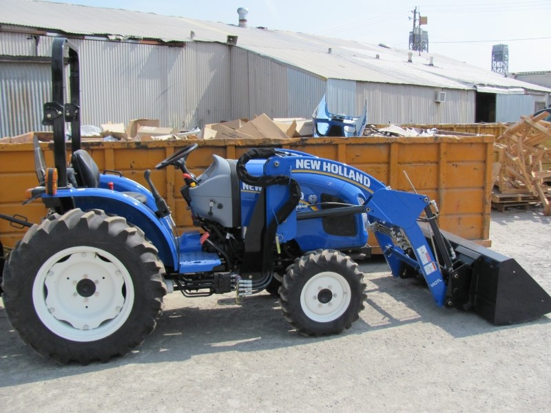 2016 New Holland WorkMaster 37 Tractor - Compact For Sale