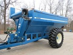 Grain Cart For Sale:  2000 Kinze 640