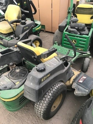 2011 John Deere Z425 Riding Mower For Sale