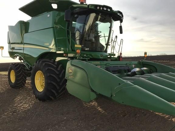 2014 John Deere 606C Header-Corn For Sale