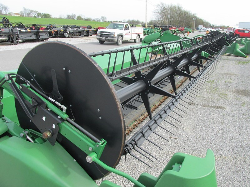 2015 John Deere 640FD Header/Platform For Sale