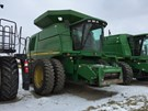 Combine For Sale:  2000 John Deere 9750