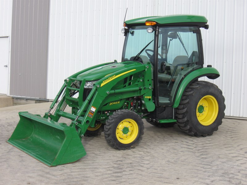2016 John Deere 3046R Tractor - Compact For Sale