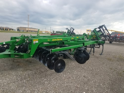 Disk Ripper For Sale:  2012 John Deere 2700