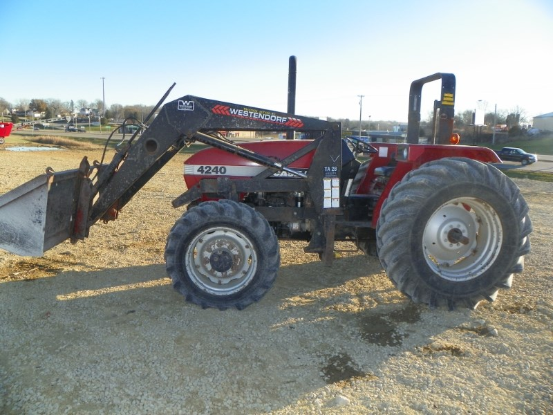 1997 Case IH 4240 Tractor For Sale