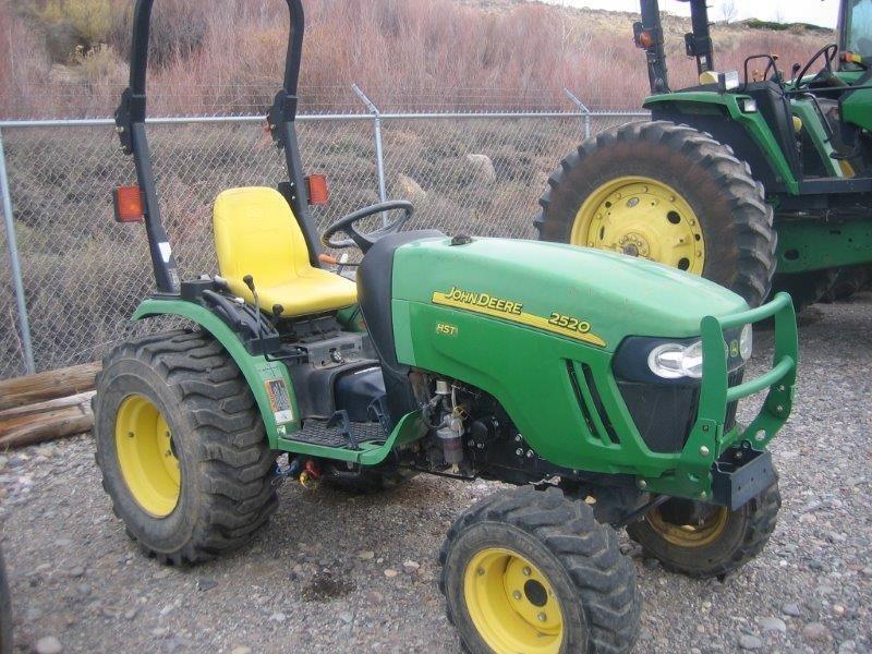 2006 John Deere 2520 Tractor - Compact For Sale