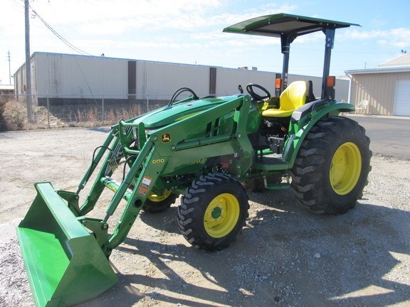 2015 John Deere 4066M Tractor For Sale