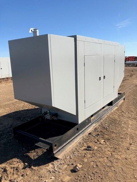 2014 SRC Power Systems 125 KW, Nat Gas/Propane, Weatherproof Generador a la venta