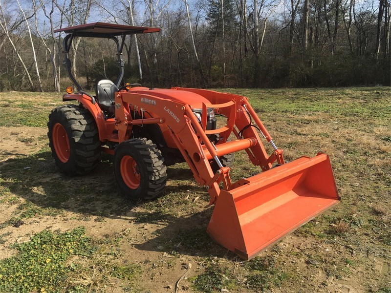 2016 Kubota MX5200HST Tractor For Sale