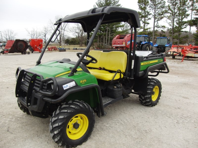 John Deere GATOR 825I Utility Vehicle For Sale