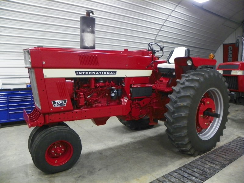 1973 IH 766 Tractor For Sale
