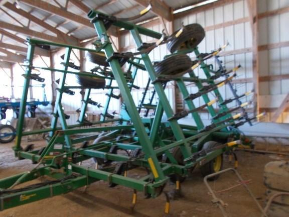 2002 John Deere 980 Field Cultivator For Sale