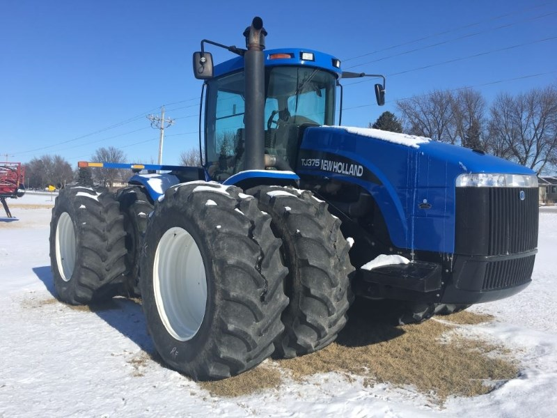 2002 New Holland TJ375 Tractor For Sale