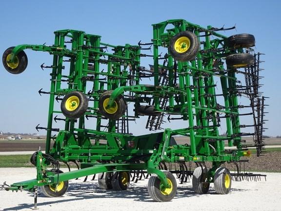 """2016 John Deere 2210FH-55'6"""",5 Field Cultivator For Sale"""