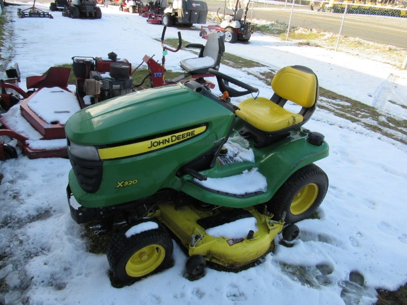 John Deere X320 Tractor For Sale