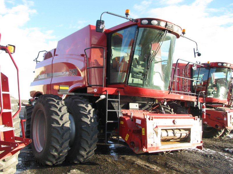 2013 Case IH AF-7130 Combine For Sale