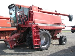 Combine For Sale 1992 Case IH 1680 , 235 HP