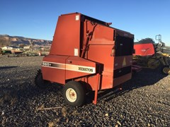Baler-Round For Sale:  2000 Hesston 565T