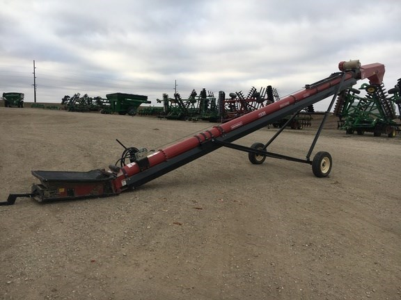 2013 UNIVERSAL 1535 Auger-Portable For Sale