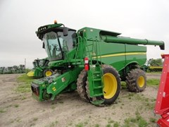 Combine For Sale:  2012 John Deere S690