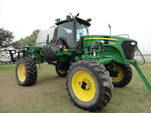 2010 John Deere 4830 Sprayer-Self Propelled For Sale