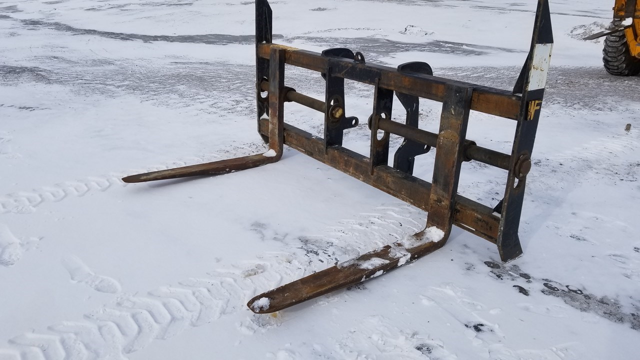 2012 WAHPETON FABRICATION WA380F Loader Fork For Sale