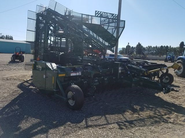2017 Arts Way 6812D Sugar Beet Harvesters-Pull Type For Sale